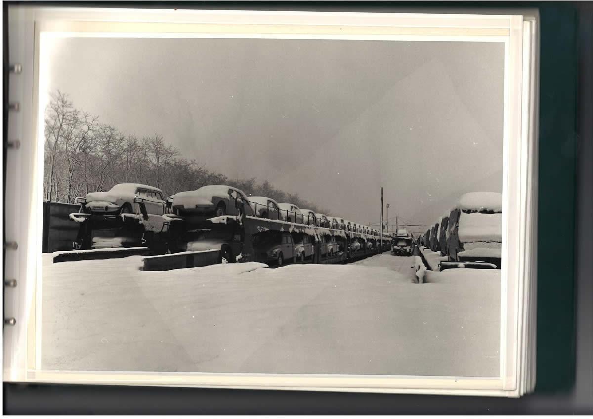 SITFA Zug unter dem Schnee