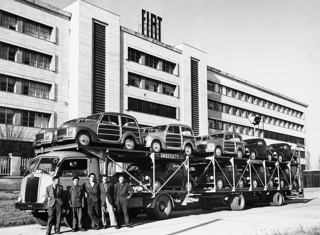 Erster Autotransporter in Mirafiori
